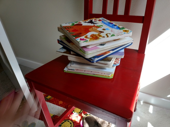 No TV Or Screens For My Tots!?! Also, Checking out 30+ Library books for My 2 year old each week!!