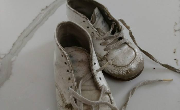Refurbishing Vintage Baby Shoes with SPRAY PAINT for less than $4.00!!!